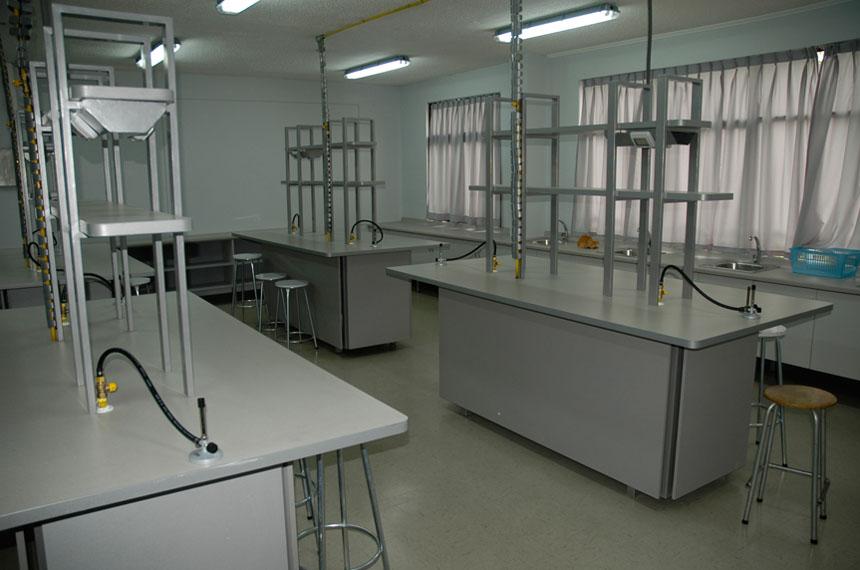 mobiliario-para-laboratorios-02