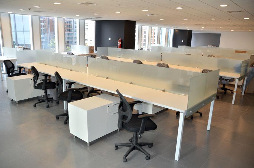 pool-de-trabajo-oficinas-05
