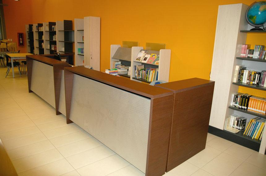 Muebles para recepcion oficinas 6 baus asociados for Muebles recepcion oficina